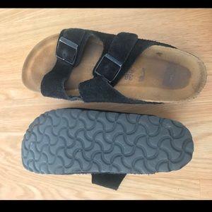 Birkenstocks 36B Arizona Soft Footbed Suede Black